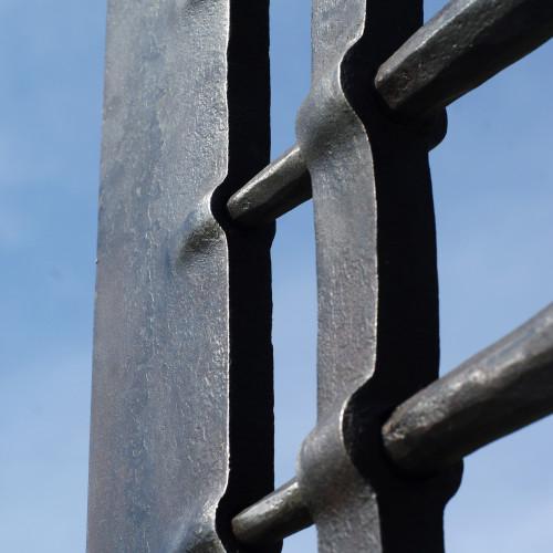 Jarek Fornal | Kowalstwo Artystyczne i Rzeźba | Artist Blacksmithing and Sculpture